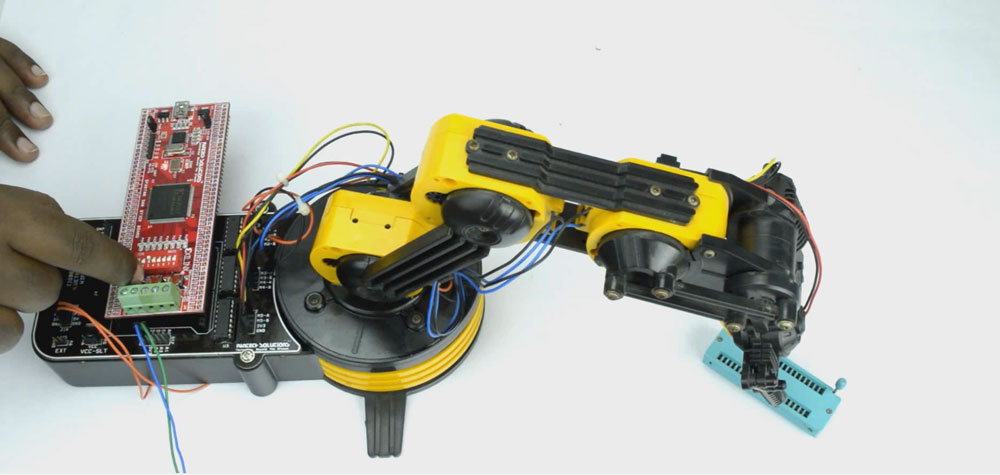 Robotic ARM Controller